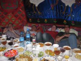 Lunch_in_yurt